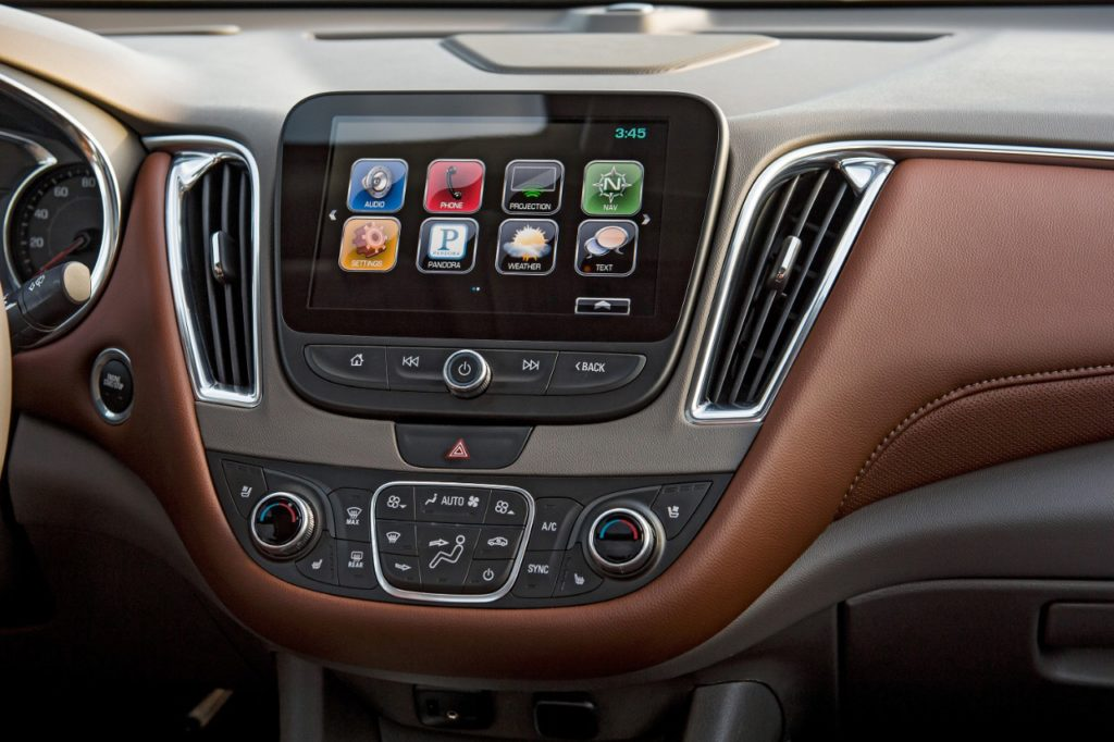 Apple Car Play is one of the most exciting new features standard in the 2016 Malibu. It takes connection to another level.